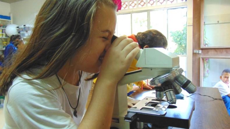 3ºCortesia-microscopio (1)