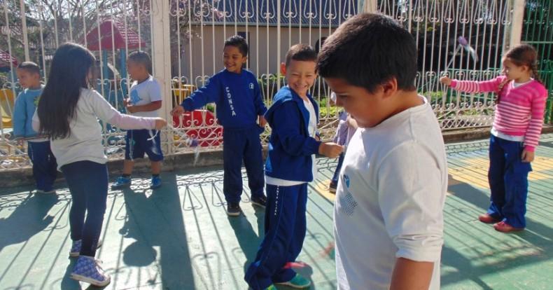 InfantilV_Obediência_poi_de_fitas (1)